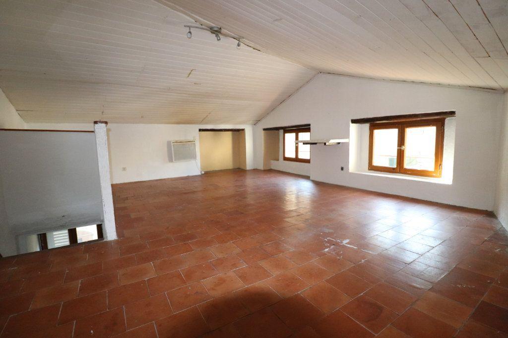Maison à vendre 4 102m2 à Lucéram vignette-10