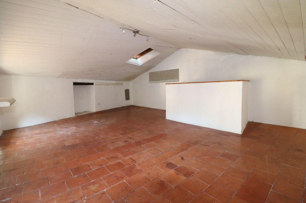 Maison à vendre 4 102m2 à Lucéram vignette-11