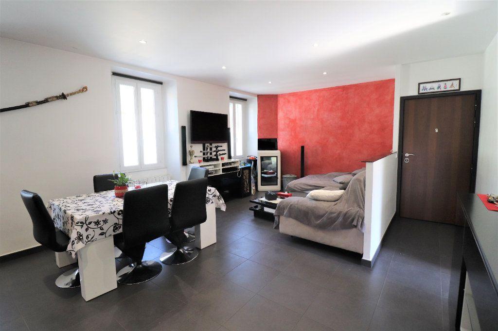 Appartement à vendre 6 104.34m2 à L'Escarène vignette-3