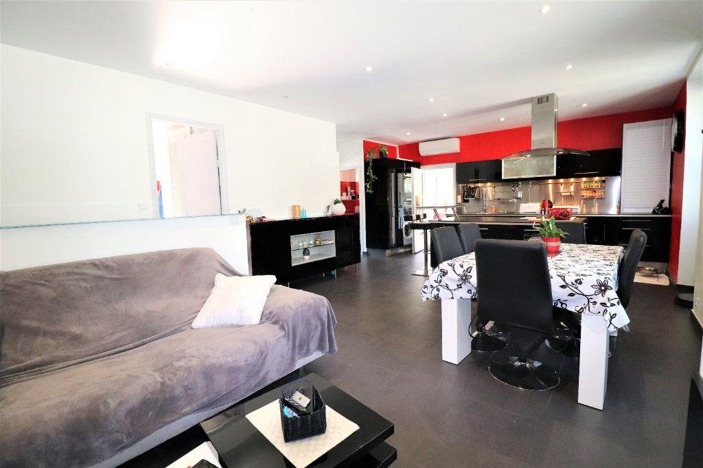 Appartement à vendre 6 104.34m2 à L'Escarène vignette-4