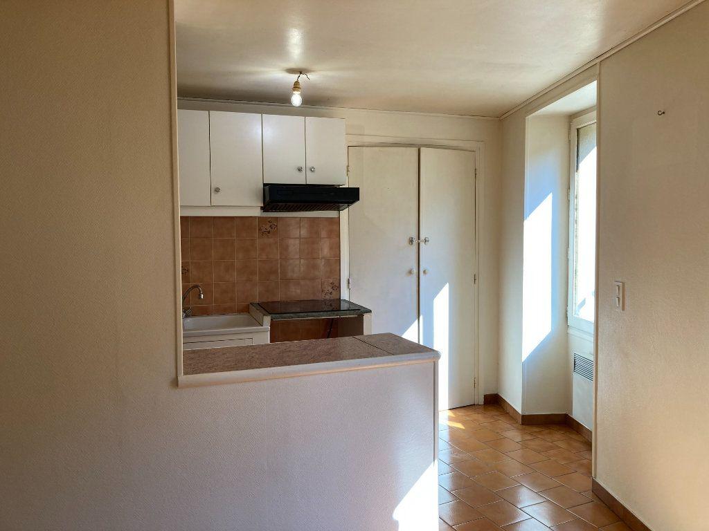 Appartement à louer 1 31m2 à Fauquembergues vignette-3