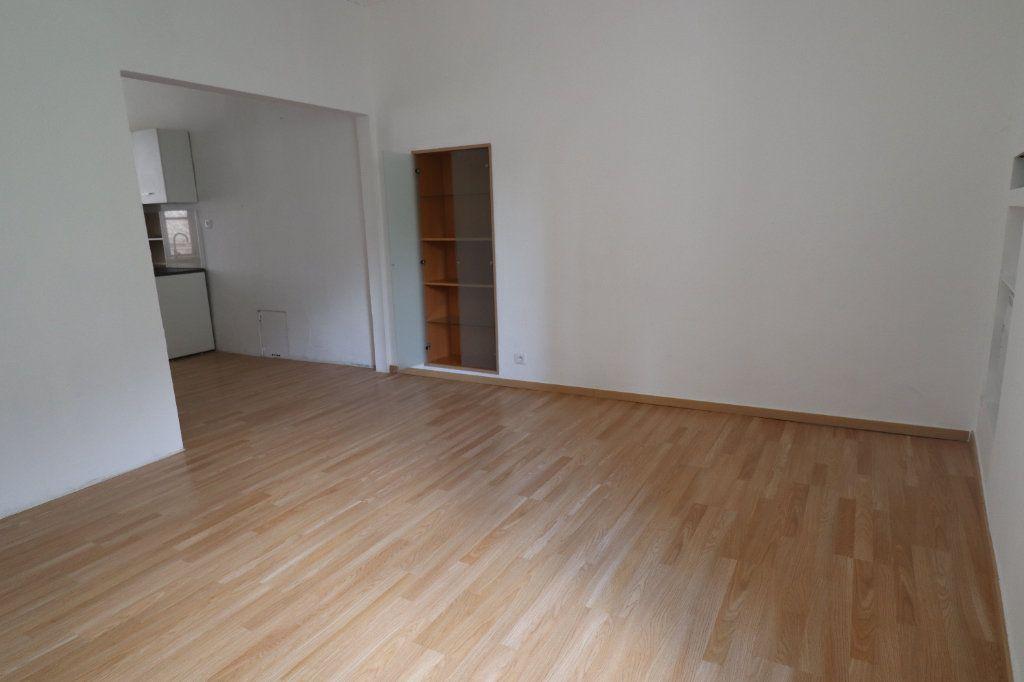 Appartement à louer 5 83m2 à Lucéram vignette-5