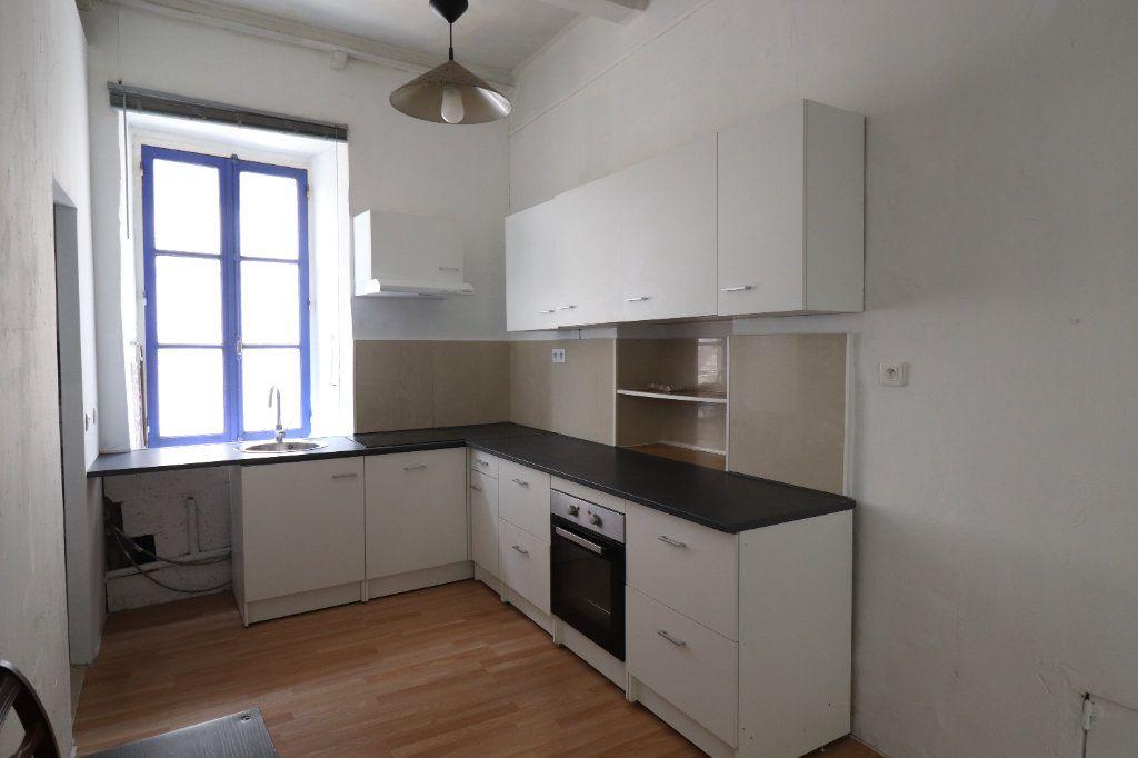 Appartement à louer 5 83m2 à Lucéram vignette-8