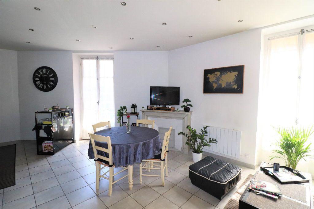Appartement à vendre 3 57.1m2 à Nice vignette-2