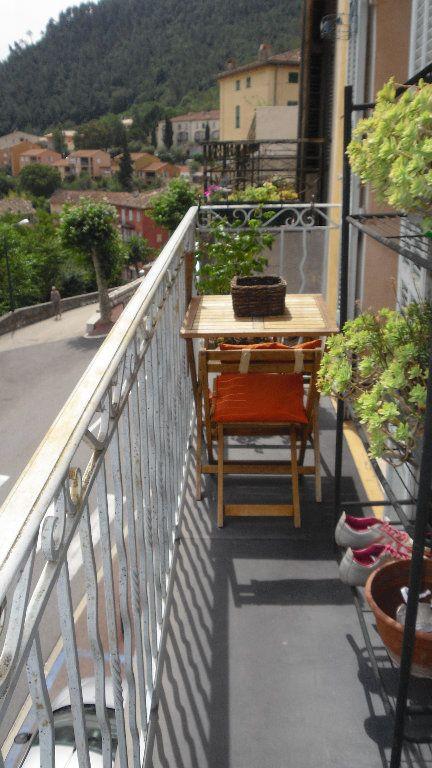 Appartement à louer 2 53.86m2 à L'Escarène vignette-1