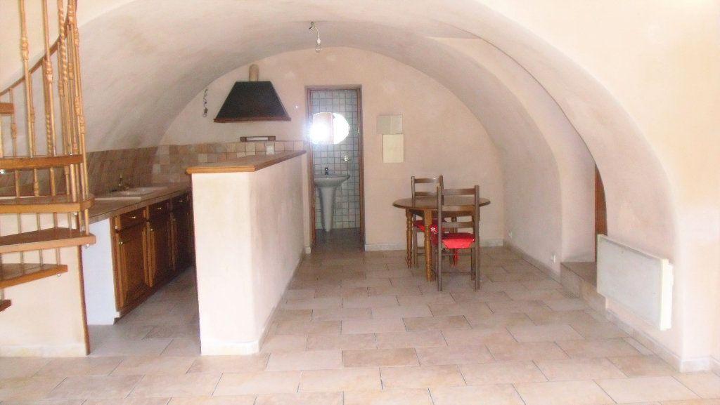 Appartement à louer 2 53.86m2 à L'Escarène vignette-2