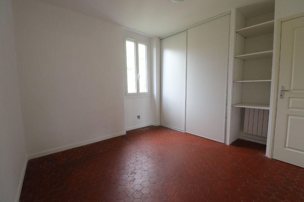 Appartement à louer 4 78.29m2 à L'Escarène vignette-5