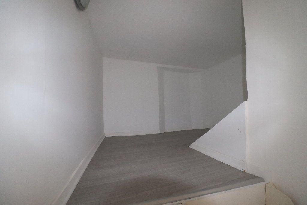 Appartement à louer 4 78.29m2 à L'Escarène vignette-10
