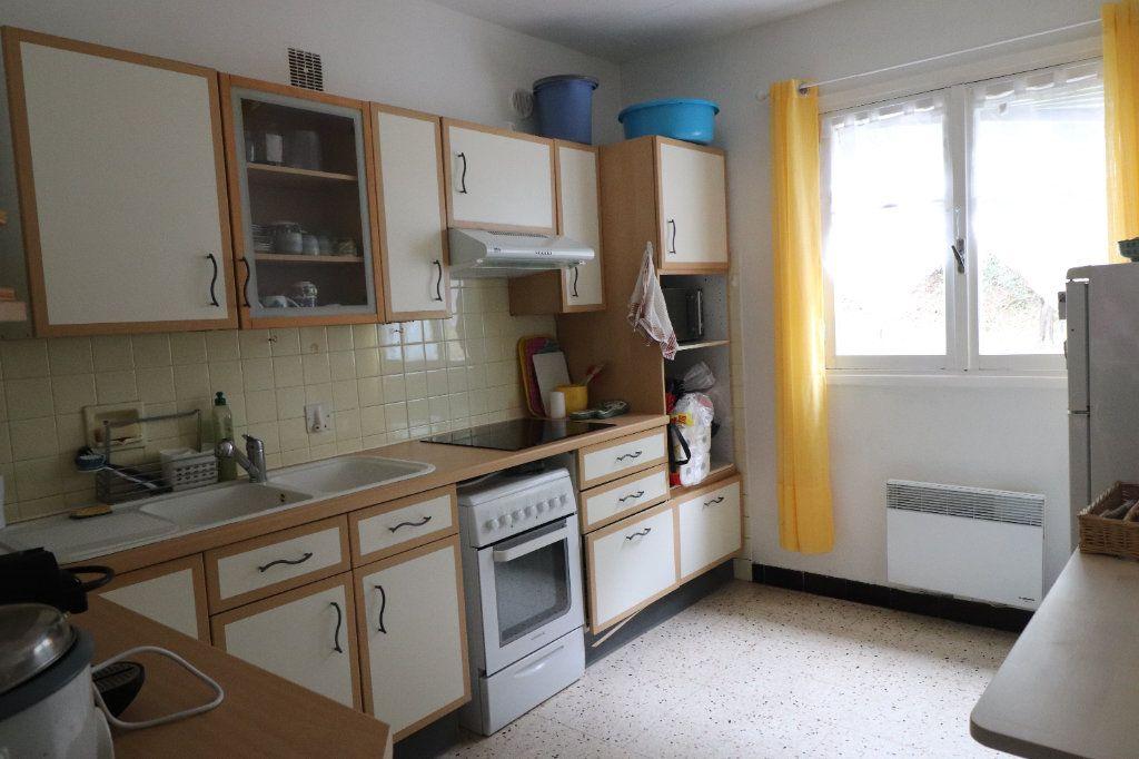 Appartement à louer 3 56.08m2 à Peillon vignette-4
