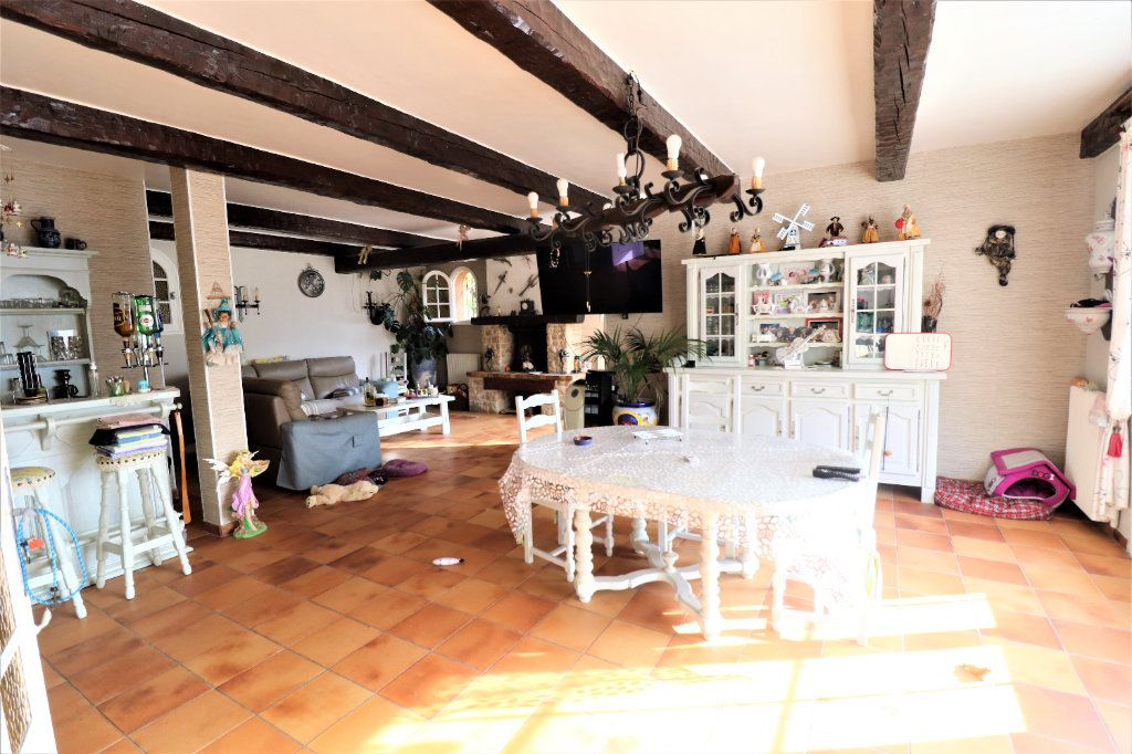 Maison à vendre 4 165.78m2 à Coaraze vignette-6
