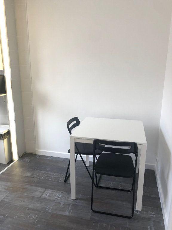 Appartement à louer 2 23.26m2 à Levallois-Perret vignette-2