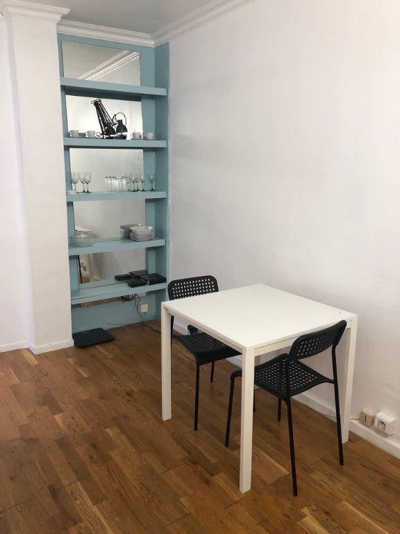 Appartement à louer 2 21m2 à Levallois-Perret vignette-1