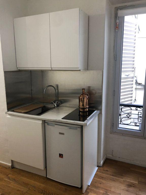 Appartement à louer 2 21m2 à Levallois-Perret vignette-2