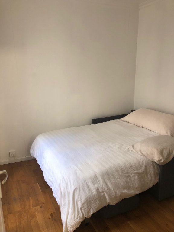 Appartement à louer 2 21m2 à Levallois-Perret vignette-3