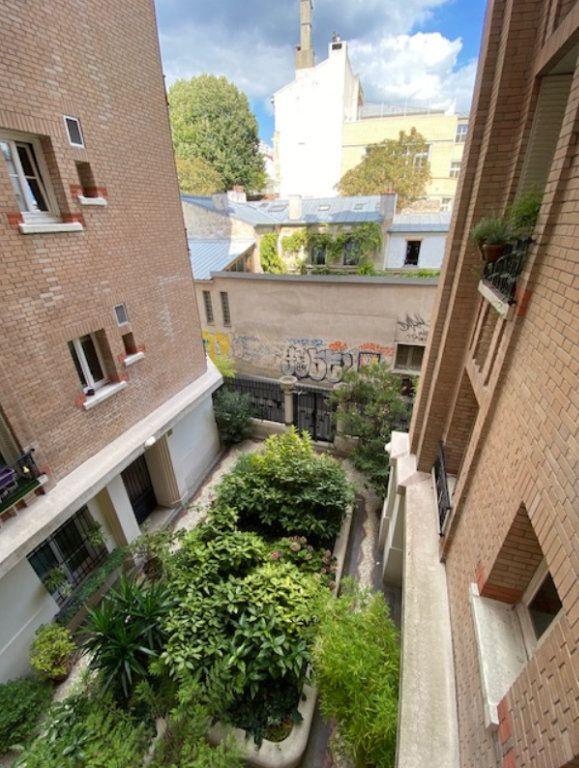 Appartement à vendre 2 45m2 à Paris 20 vignette-7