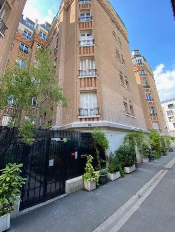 Appartement à vendre 2 45m2 à Paris 20 vignette-9