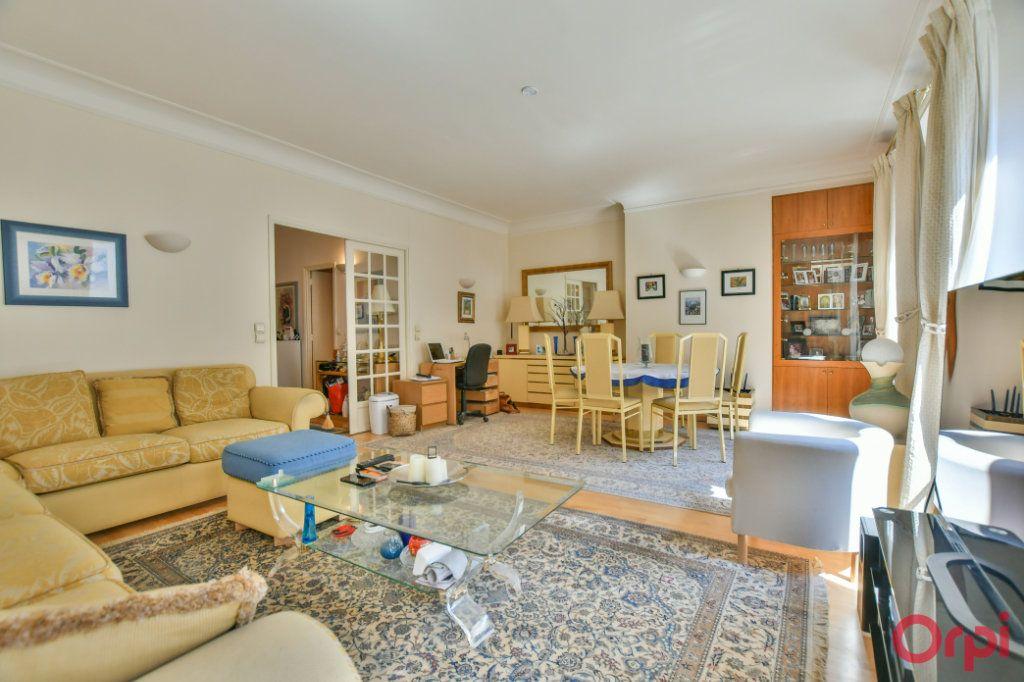 Appartement à vendre 3 74.5m2 à Paris 8 vignette-2