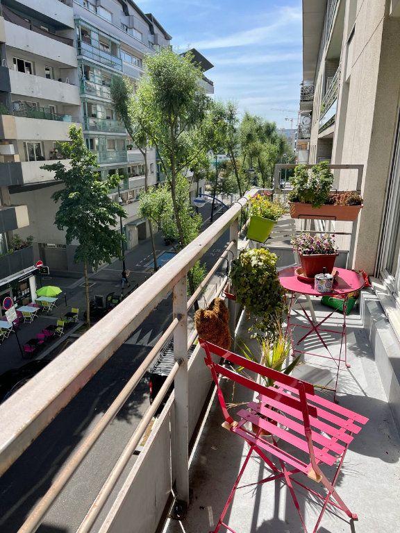 Appartement à vendre 3 73.55m2 à Clichy vignette-2