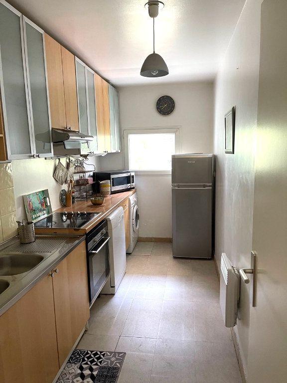 Appartement à vendre 3 73.55m2 à Clichy vignette-3