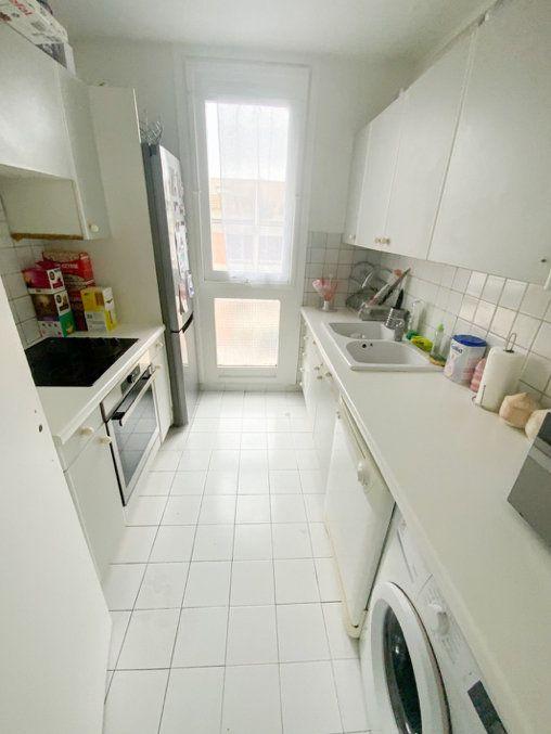 Appartement à vendre 3 66m2 à Aubervilliers vignette-4