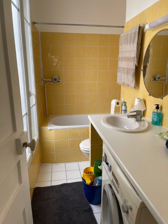 Appartement à louer 2 30m2 à Levallois-Perret vignette-5