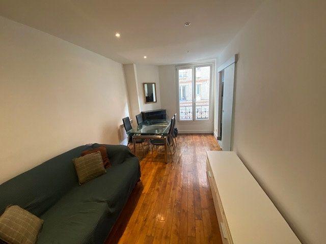 Appartement à louer 2 36m2 à Levallois-Perret vignette-1