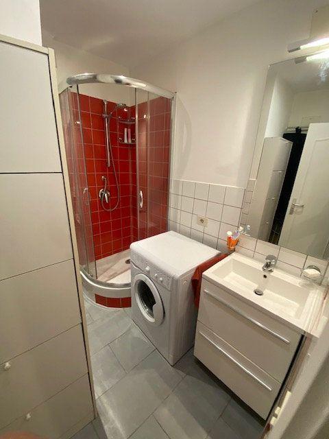 Appartement à louer 2 36m2 à Levallois-Perret vignette-5