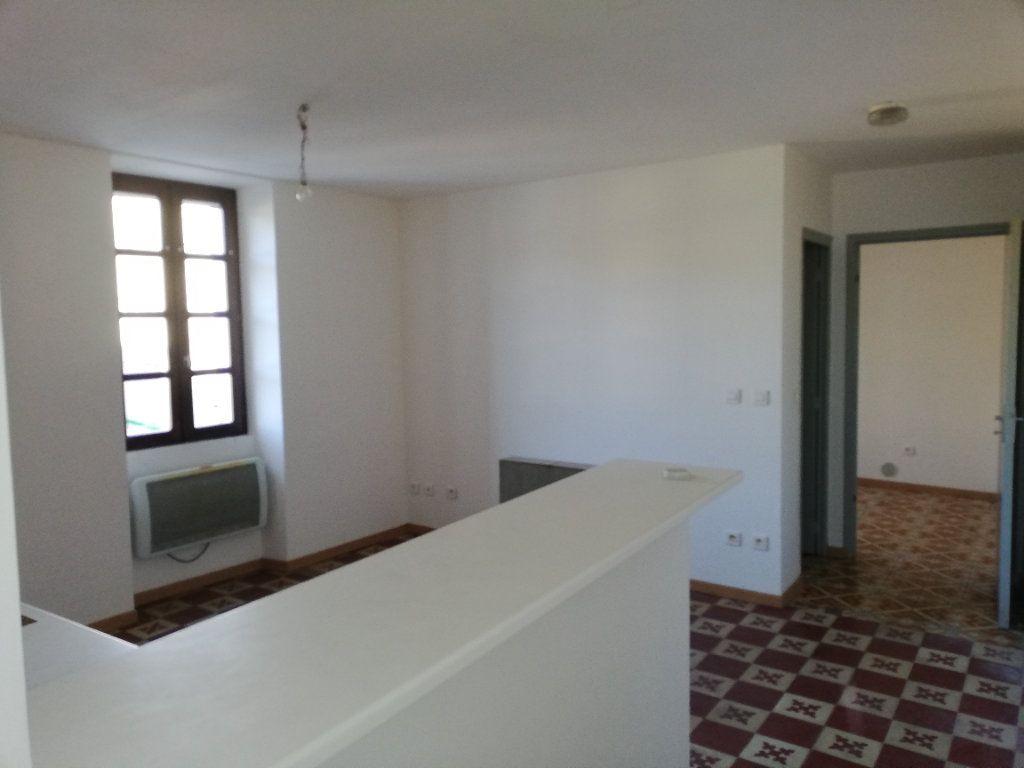 Maison à louer 3 45m2 à Molières-sur-Cèze vignette-1