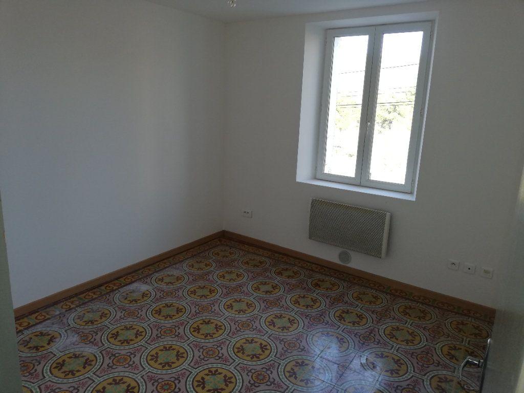 Maison à louer 3 45m2 à Molières-sur-Cèze vignette-2