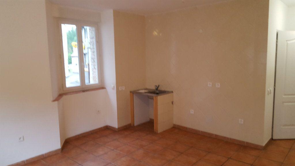 Appartement à louer 2 41.73m2 à Molières-sur-Cèze vignette-2