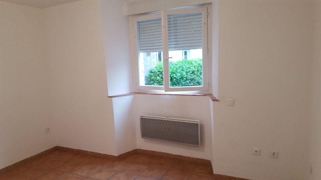 Appartement à louer 2 41.73m2 à Molières-sur-Cèze vignette-4
