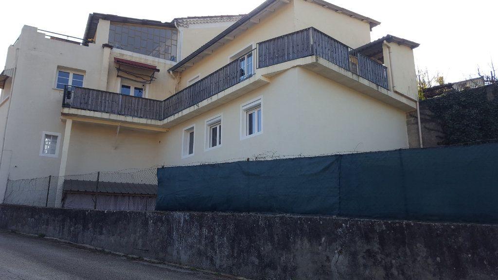 Immeuble à vendre 0 491m2 à Saint-Brès vignette-15
