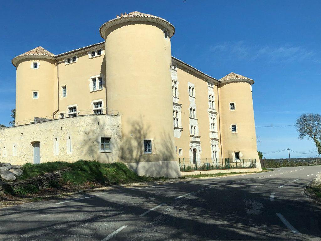 Appartement à louer 3 78m2 à Lussan vignette-1