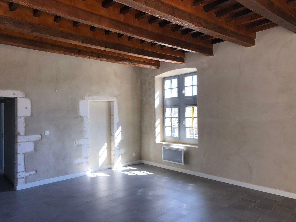 Appartement à louer 3 78m2 à Lussan vignette-3