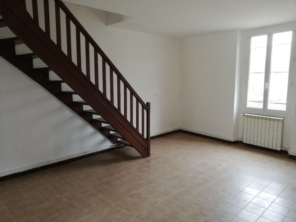 Appartement à louer 3 69m2 à Meyrannes vignette-10
