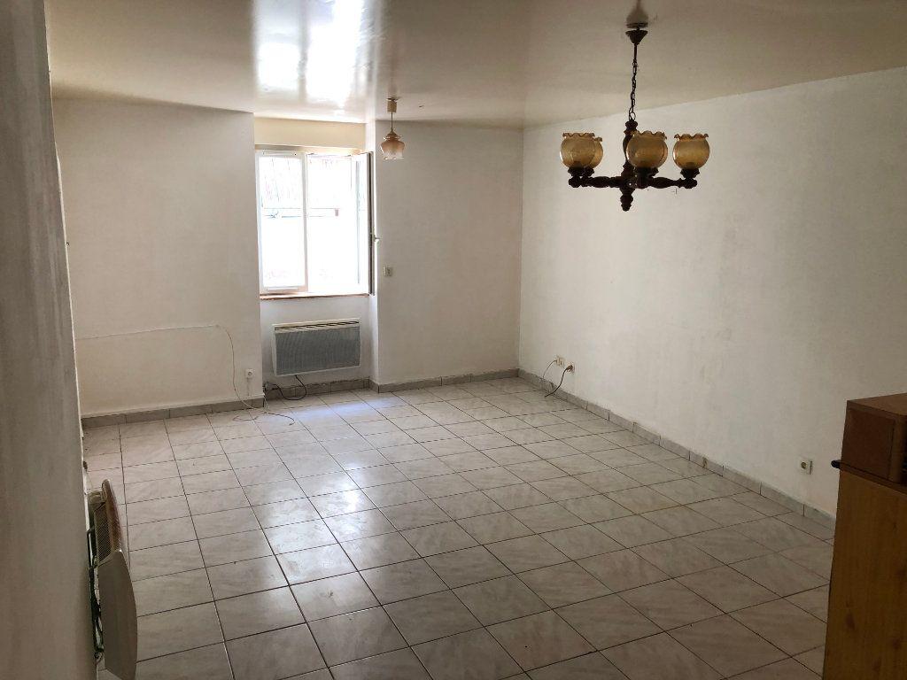 Appartement à louer 2 44.6m2 à Vercel-Villedieu-le-Camp vignette-2