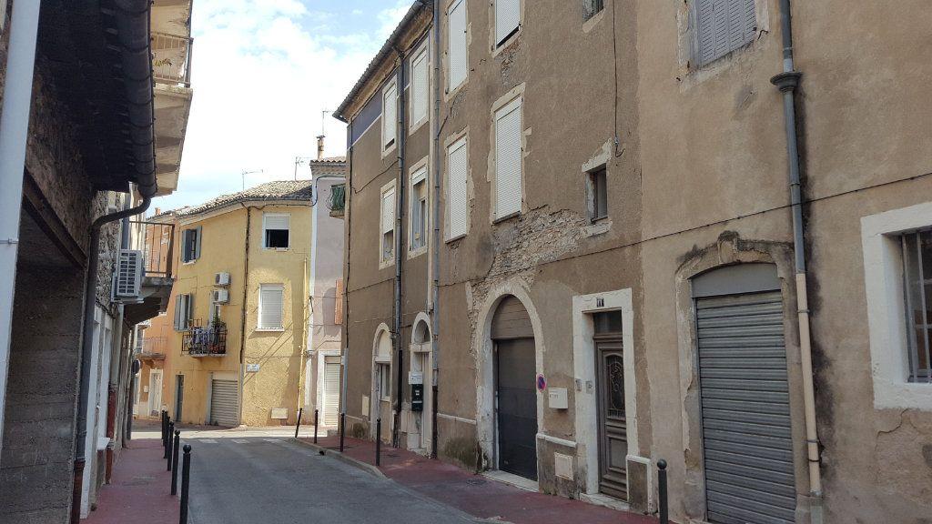 Appartement à louer 3 51.92m2 à Saint-Ambroix vignette-1