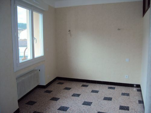 Maison à louer 4 75m2 à Saint-Ambroix vignette-13