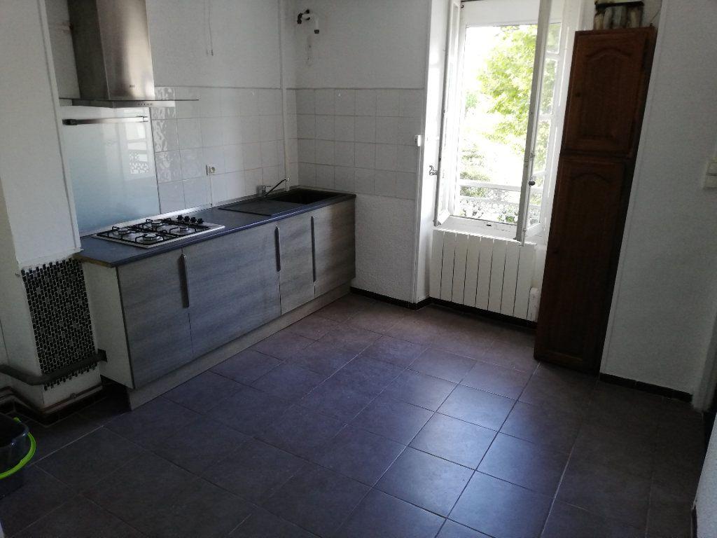Appartement à louer 2 53.73m2 à Alès vignette-1