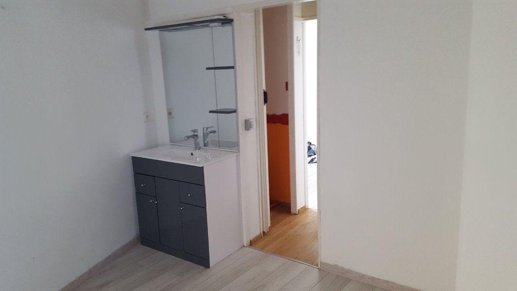 Maison à louer 2 36.89m2 à Gagnières vignette-4