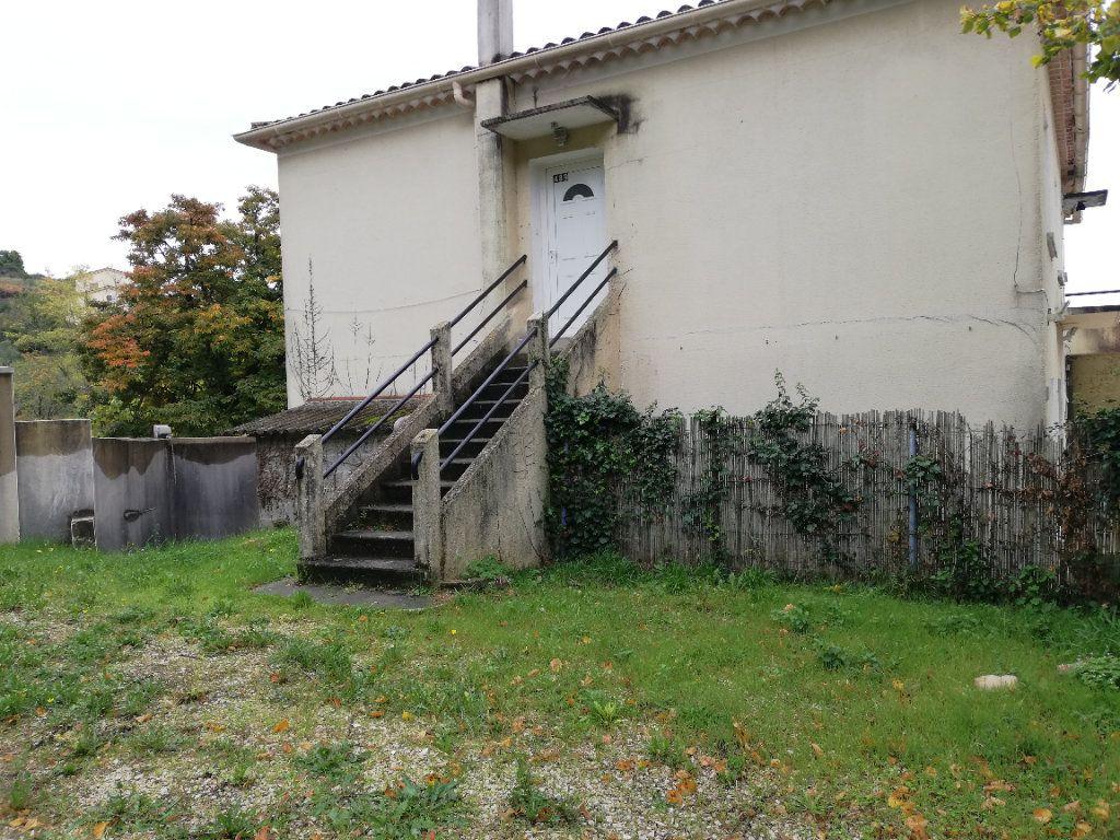 Appartement à louer 3 60.91m2 à Saint-Ambroix vignette-6