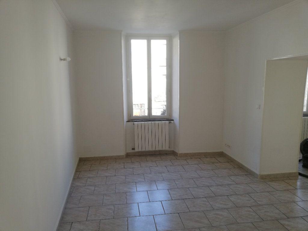 Maison à louer 3 109.1m2 à Saint-Jean-de-Valériscle vignette-2