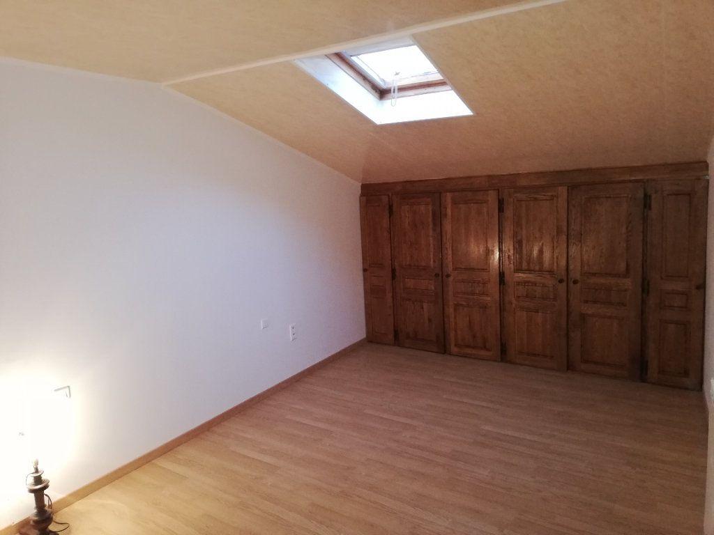 Maison à louer 3 109.1m2 à Saint-Jean-de-Valériscle vignette-3
