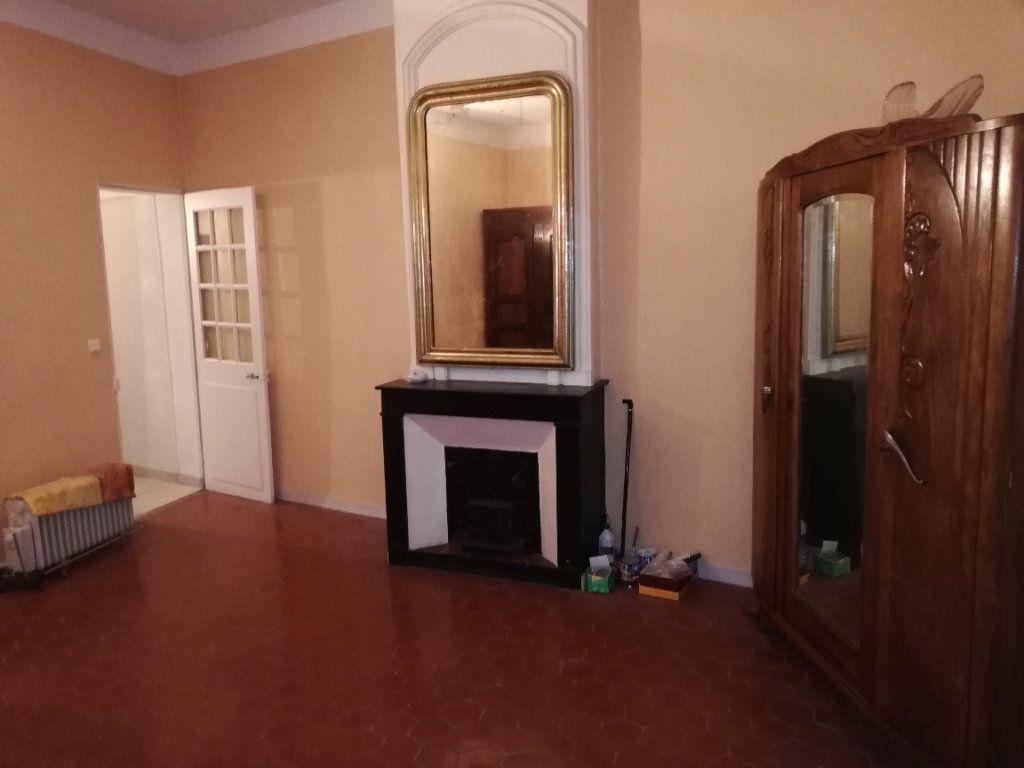 Appartement à louer 2 72.73m2 à Saint-Ambroix vignette-4