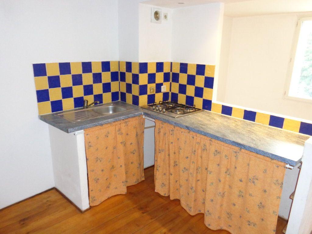 Appartement à louer 3 73.89m2 à Robiac-Rochessadoule vignette-5