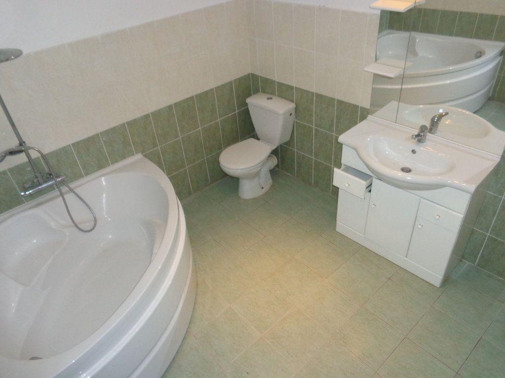 Appartement à louer 3 73.89m2 à Robiac-Rochessadoule vignette-6
