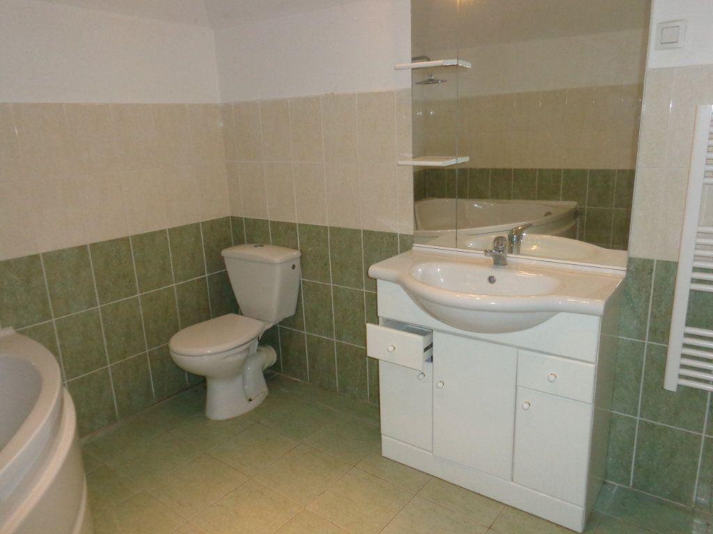 Appartement à louer 3 73.89m2 à Robiac-Rochessadoule vignette-7