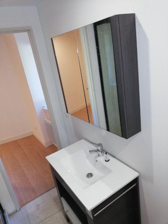 Appartement à louer 2 38m2 à Robiac-Rochessadoule vignette-6