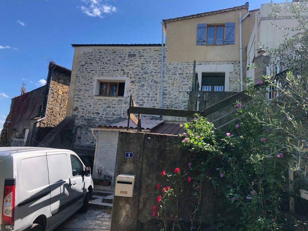 Maison à vendre 6 110m2 à Saint-Brès vignette-1