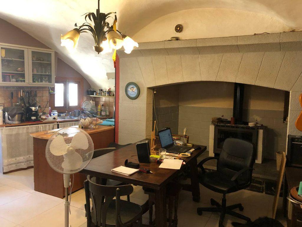 Maison à vendre 6 110m2 à Saint-Brès vignette-6